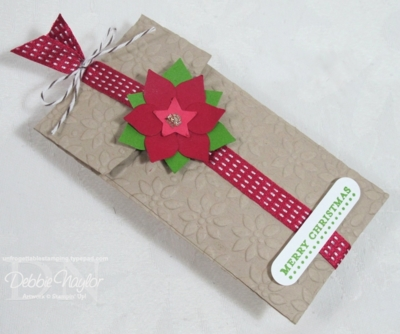 Unfrogettable Stamping | Merry Minis fabulous poinsettia punch art